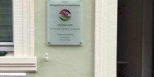 Praxis für Osteopathie & Naturheilkunde Christiane Kolb - das Praxisschild