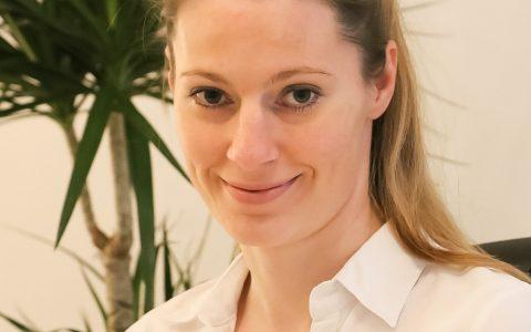Christiane Kolb (M.Sc. Osteopathie, Heilpraktikerin, Physiotherapeutin)